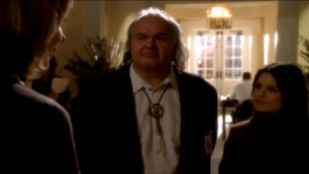 The West Wing 03x07 : The Indians in the Lobby- Seriesaddict